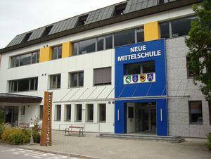 Neue Mittelschule Hippach u. U.